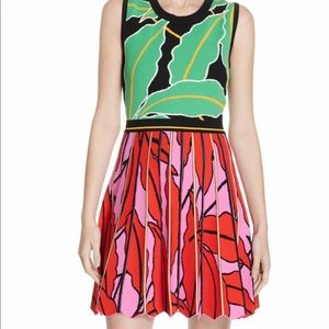 DVF Parker dress new with tags size Extra Small
